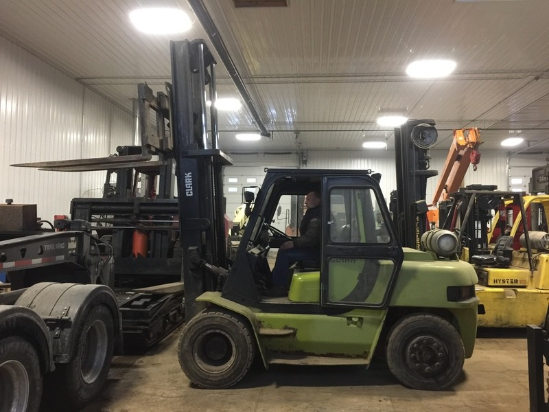15,500lb ClarkForklift For Sale Air-Tired 7.75 Ton