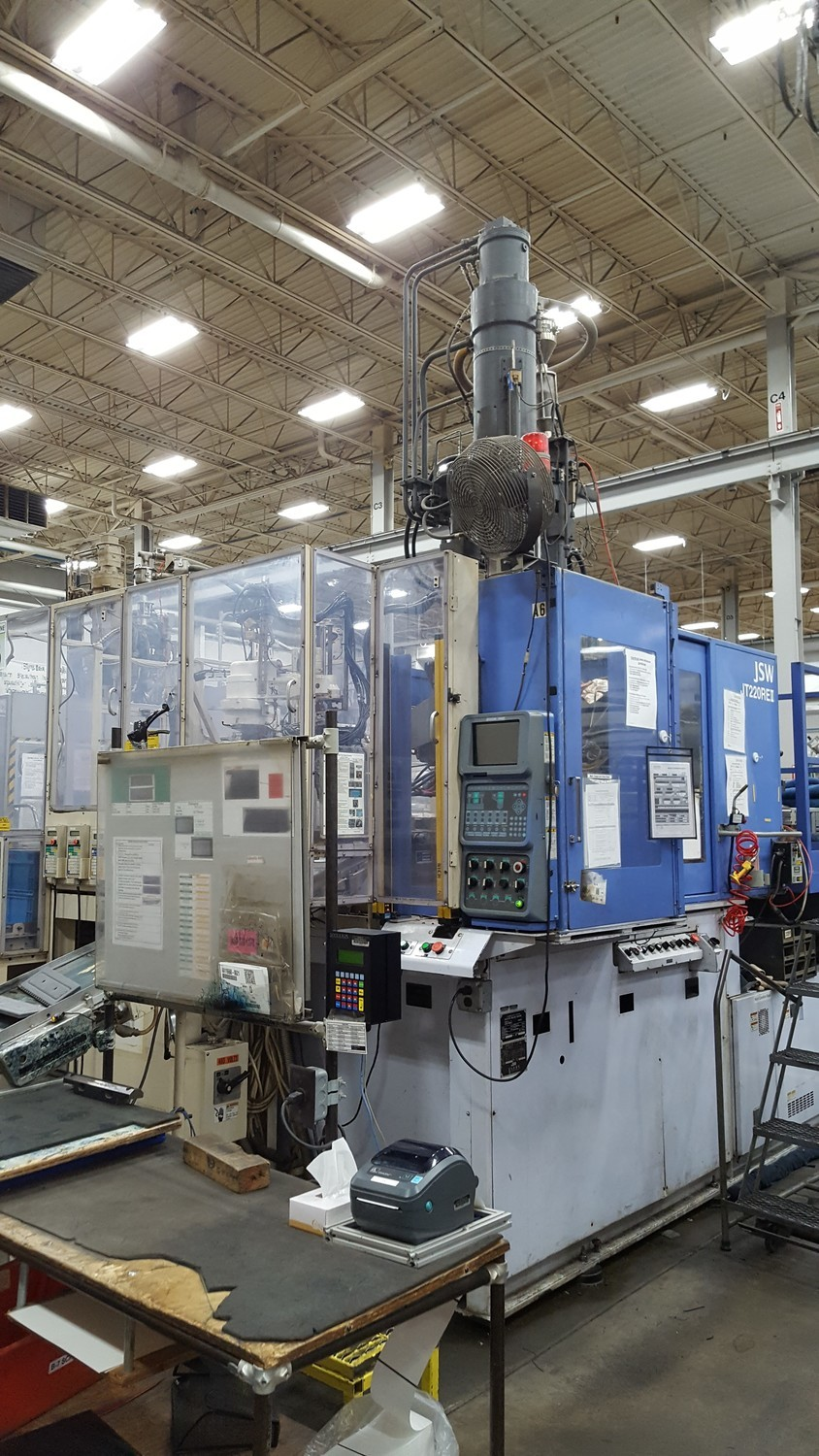 220 Ton Capacity JSW Injection Molding Machine For Sale