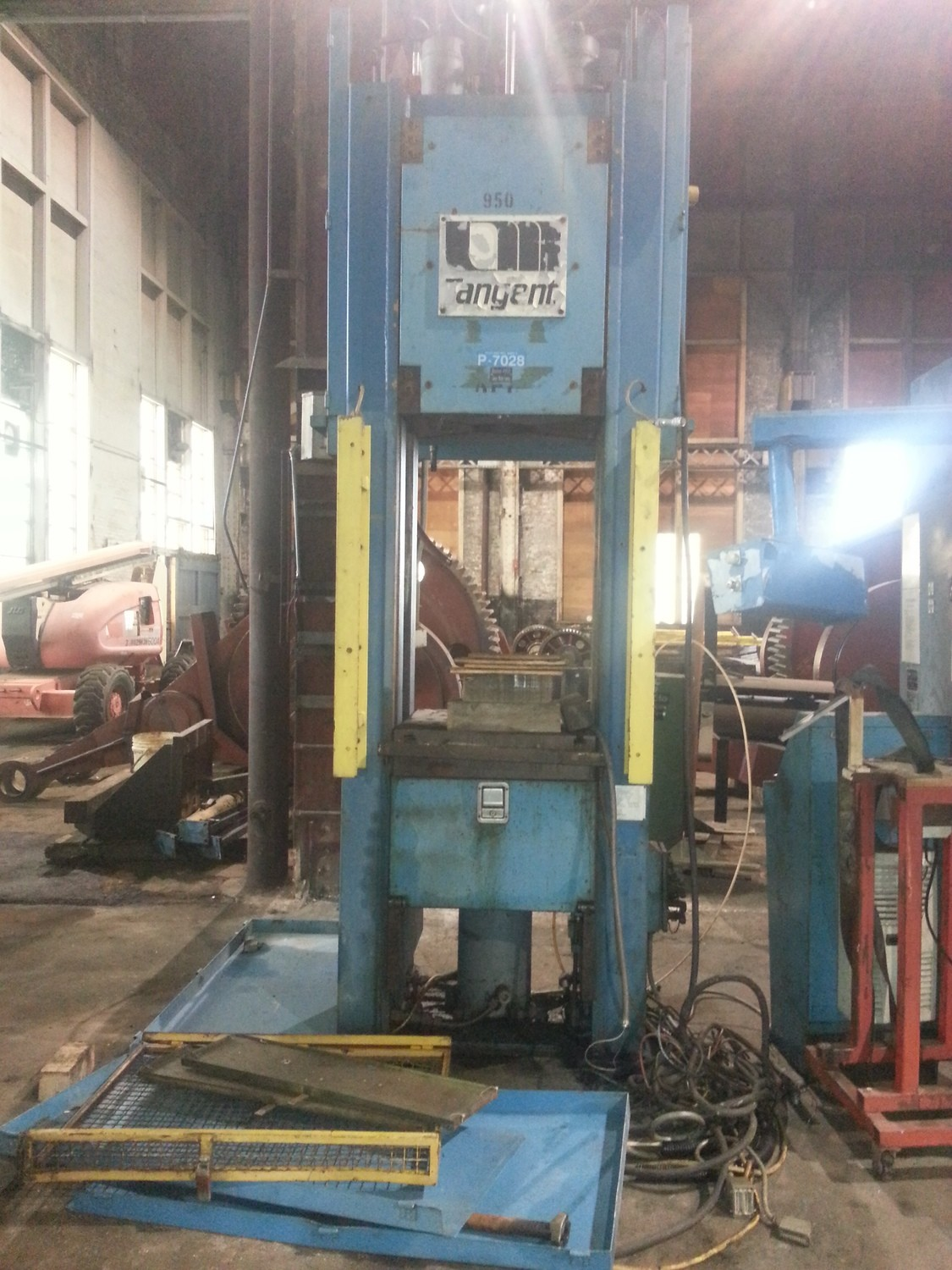 90 Ton Tangent Straight Side Press For Sale