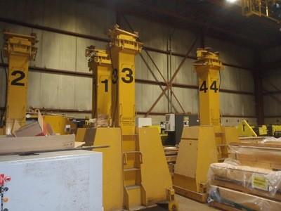 220 Ton J & R Lift-N-Lock Hydraulic Gantry For Sale 200 Ton Metric