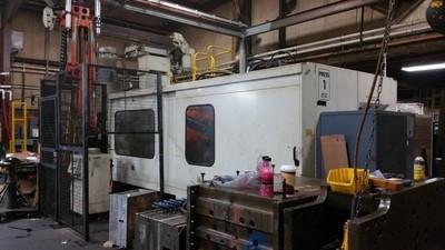 600 Ton Husky 2-Shot Injection Molding Machine For Sale