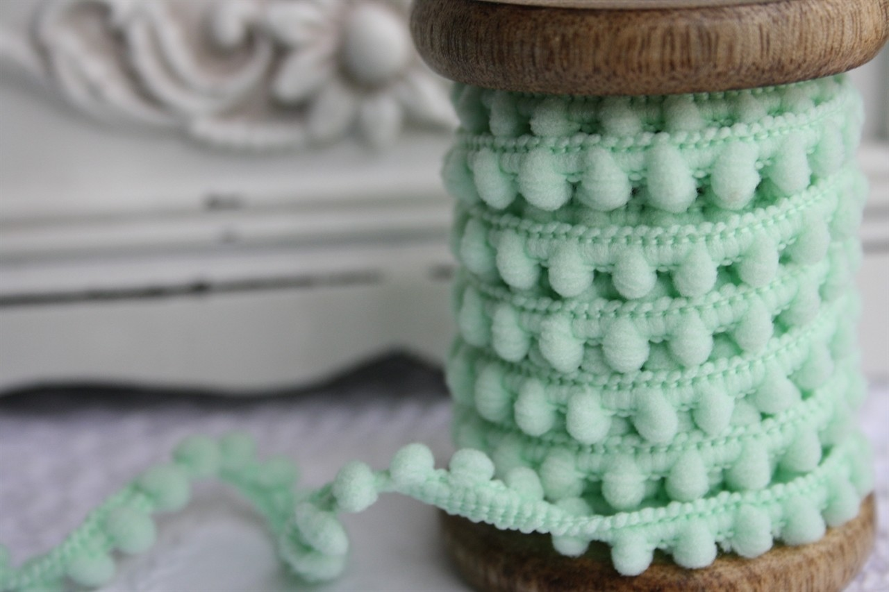 Small Mint Pompoms