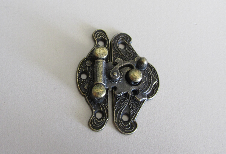 Metal Hasp Latch - antique bronze look