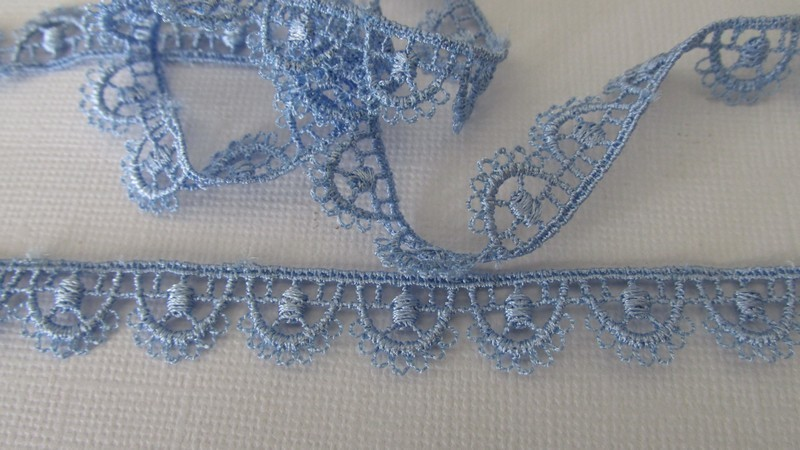 Blue Flower Scallop Lace