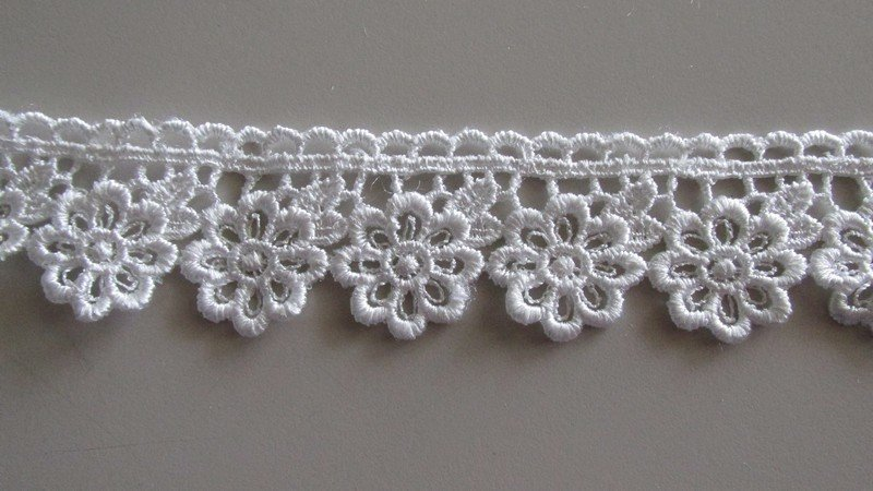 Daisy Loop Lace