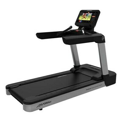 Life Fitness Club Series+ Treadmill w/ST console