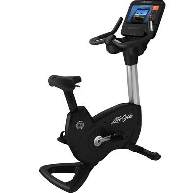Life Fitness Platinum Club Series Upright Bike w/SE3HD Console