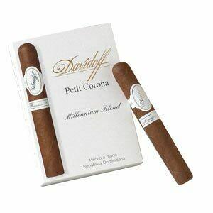 Davidoff Millennium Blend Petit Corona 5-Pack