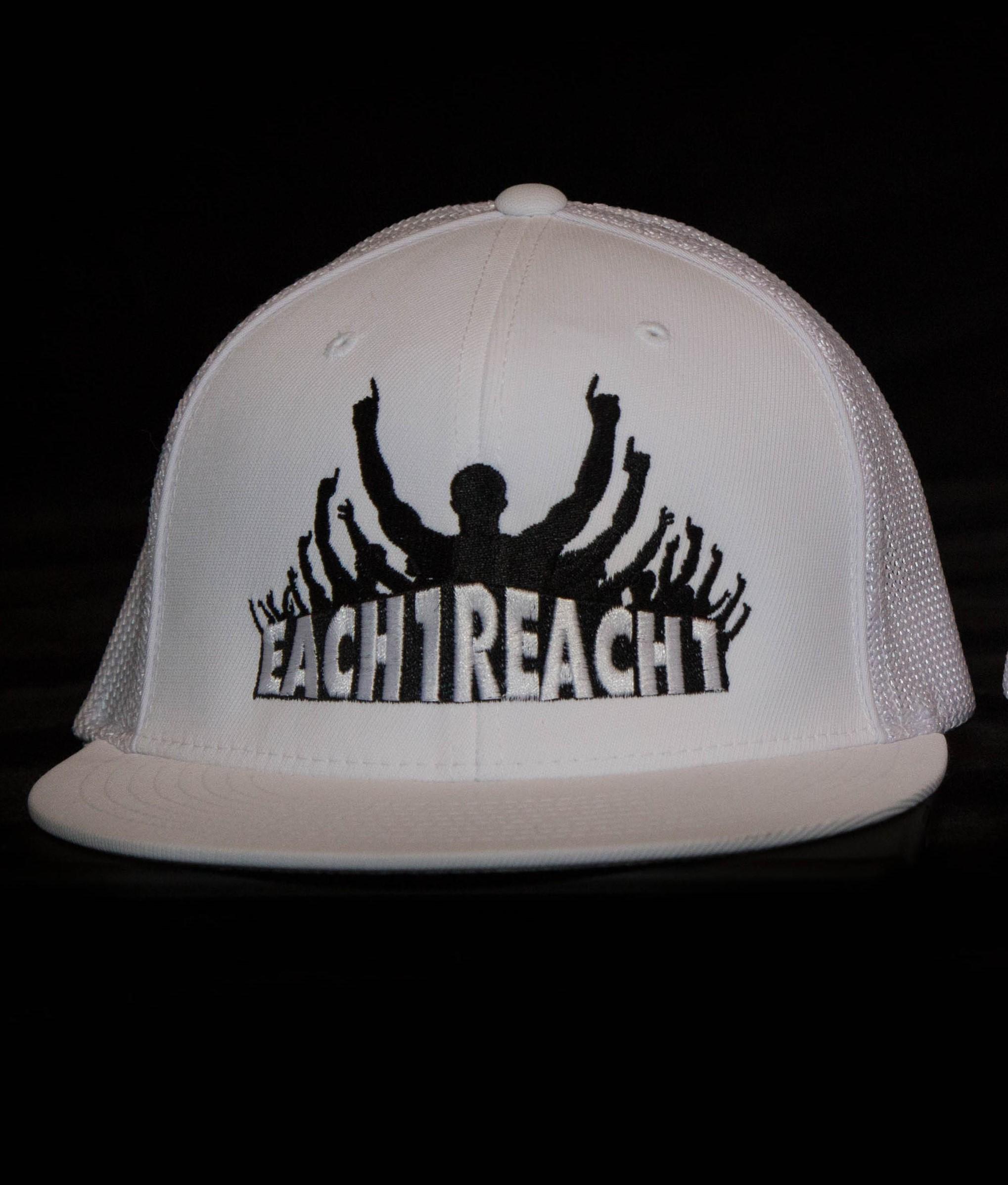 REACH ONE HAT - WHITE 00021