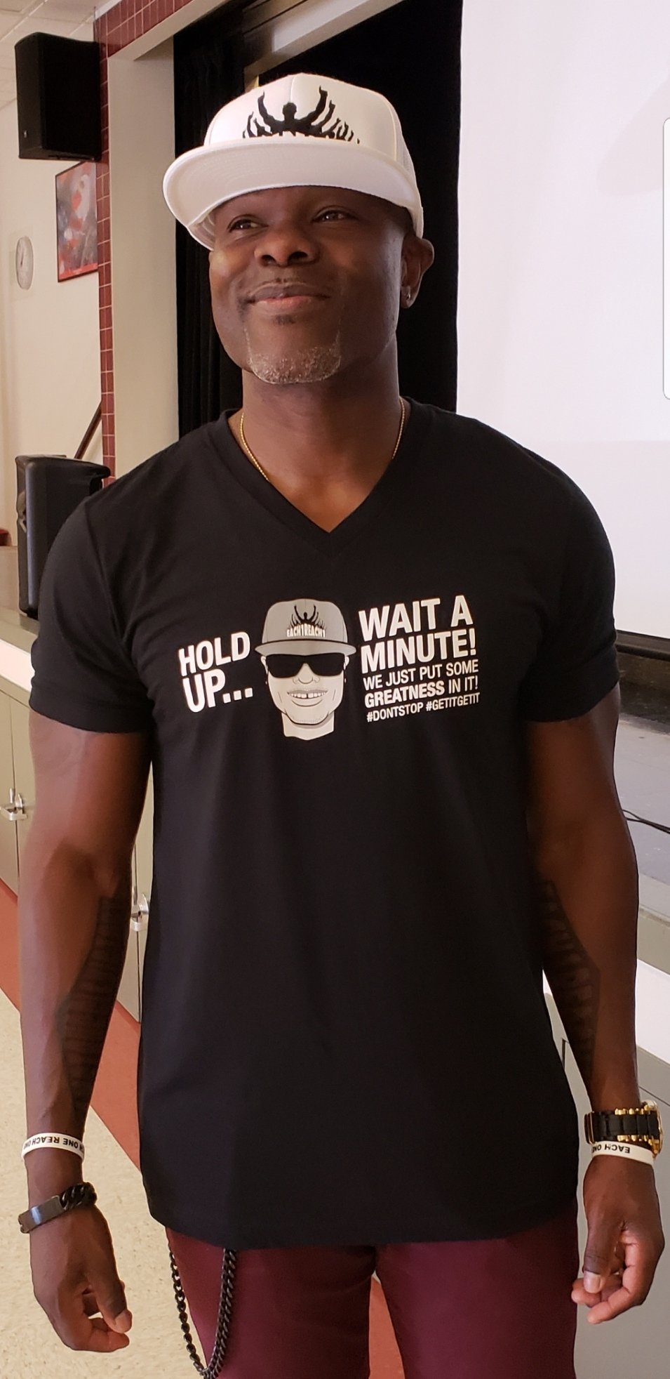 HOLD UP...WAIT A MINUTE! T-SHIRT 00031