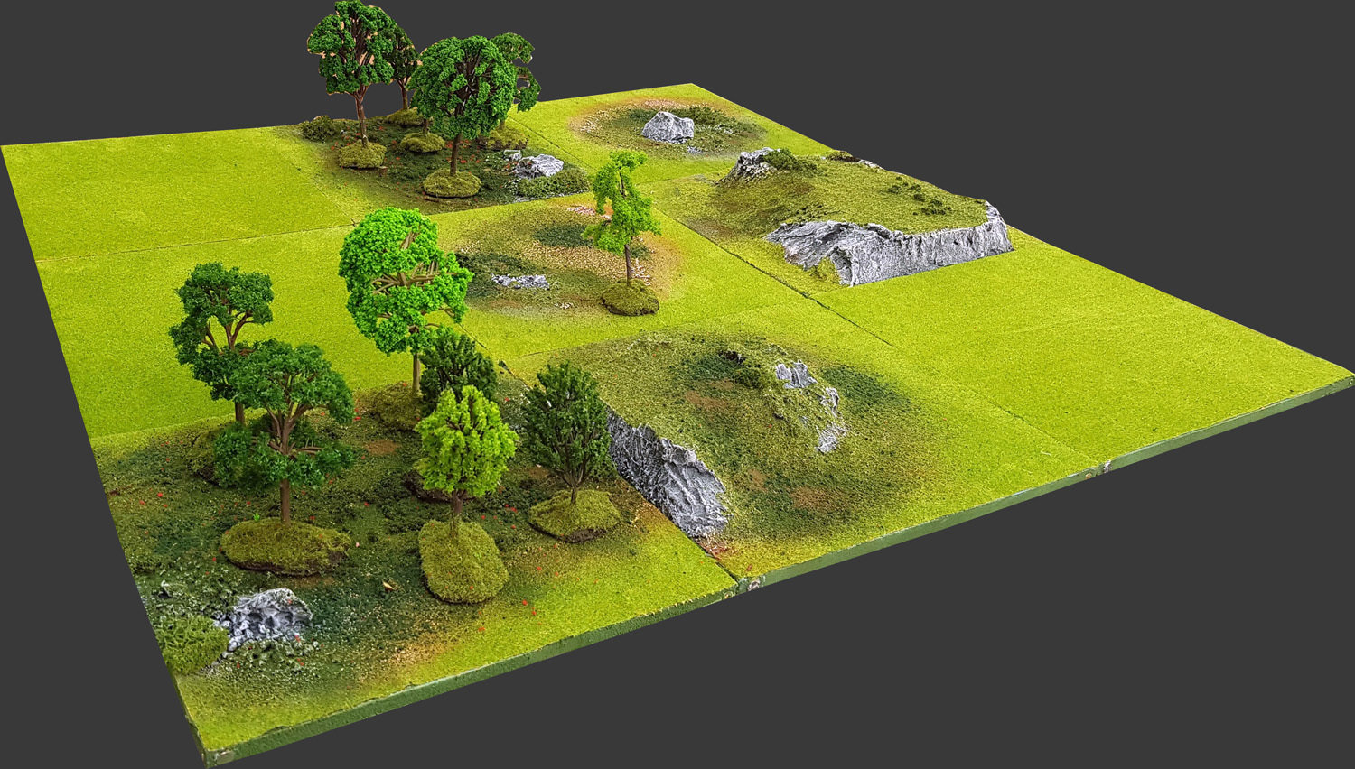 """Yavin-4"" 3'x3' Green Spring Battlefield Set"