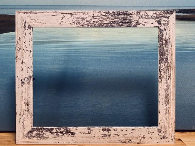 8x10 Sealed Distressed Whitewash Frame