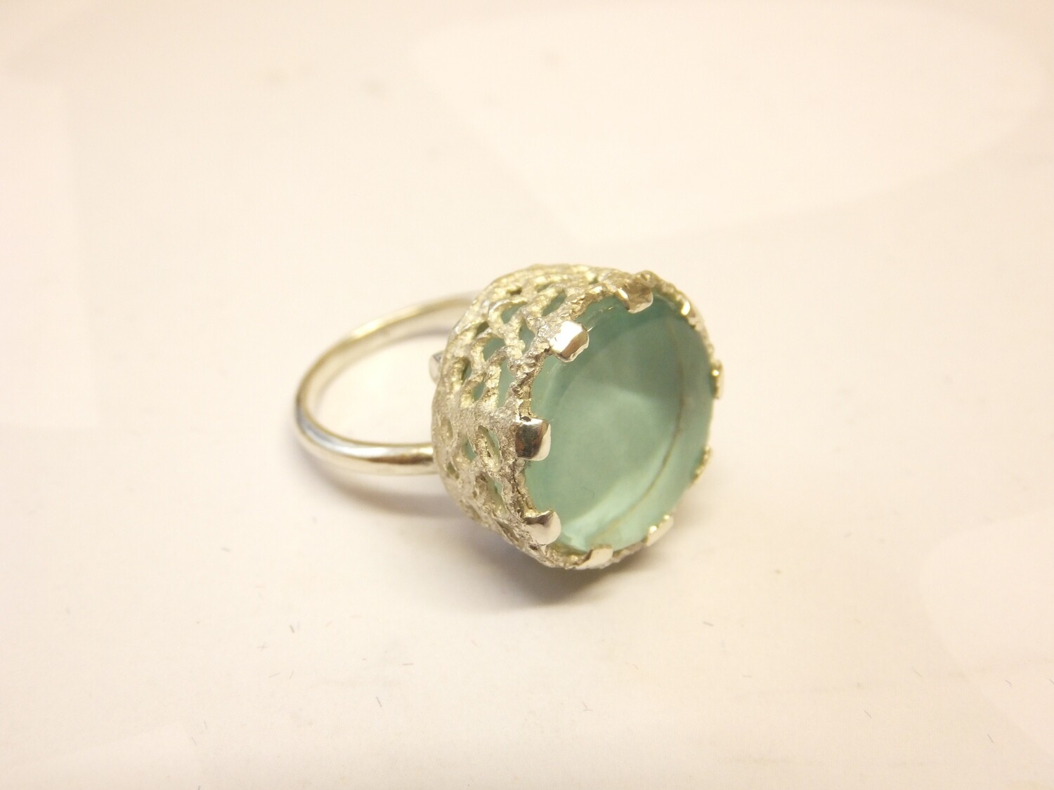 Glass-set Ring