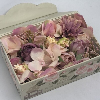 EMMA - Dusty Pink Floral Gift Box