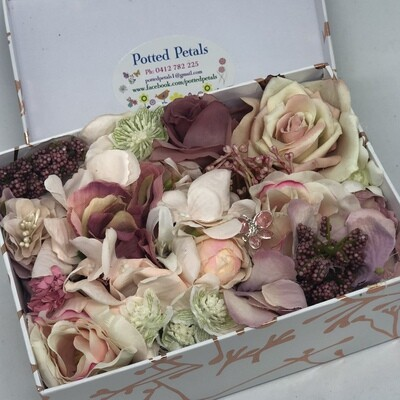 DOLLY - Pink Floral Gift Box