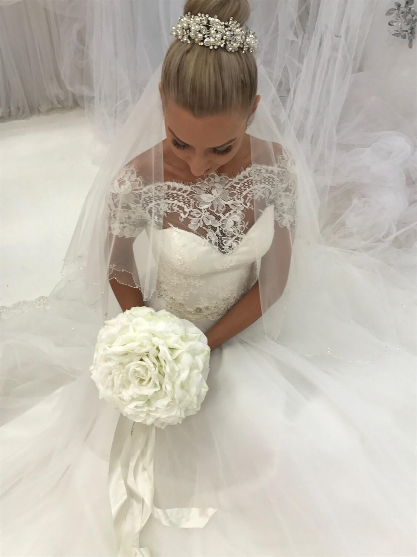 GLENDA - Large White Rose Bridal Bouquet