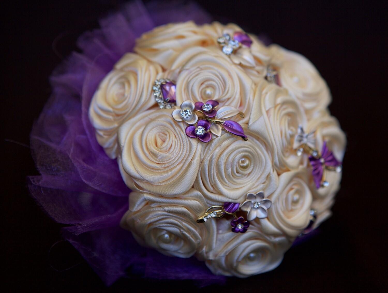 VIOLET - Small Flower Girl Satin Brooch Bouquet