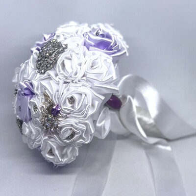 ELLEN - Satin Brooch Bridal Bouquet