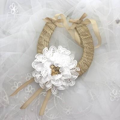 RUSTIC FLOWER - Bridal Horseshoe Good Luck Charm