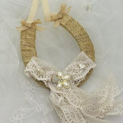RUSTIC LACE - Bridal Horseshoe Good Luck Charm