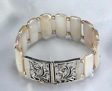Biwa Pearls With Silver Bracelet