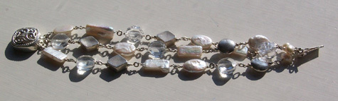 Freshwater Pearls & faceted rock crystal bracelet