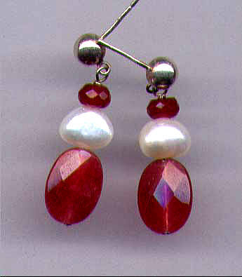 Red Jade With Freshwater Pearl  Earrings
