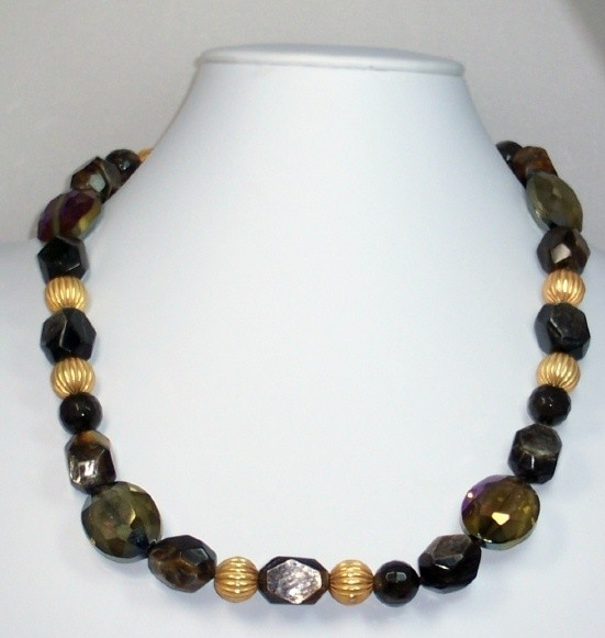 Golden mica & agate necklace