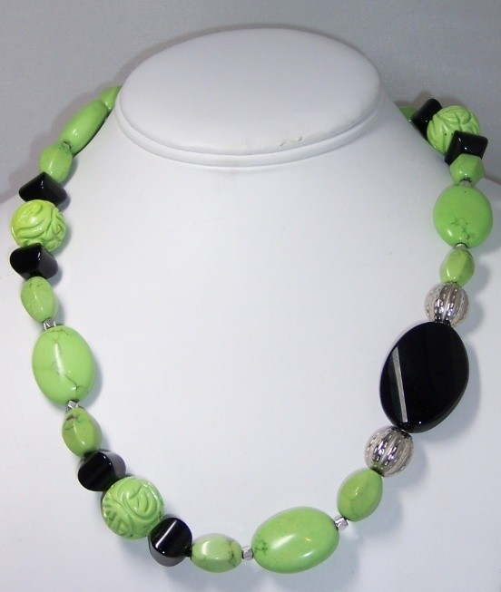 Lime green turquoiae & onyx necklace