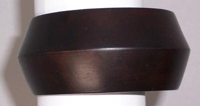 Smooth wood cuff