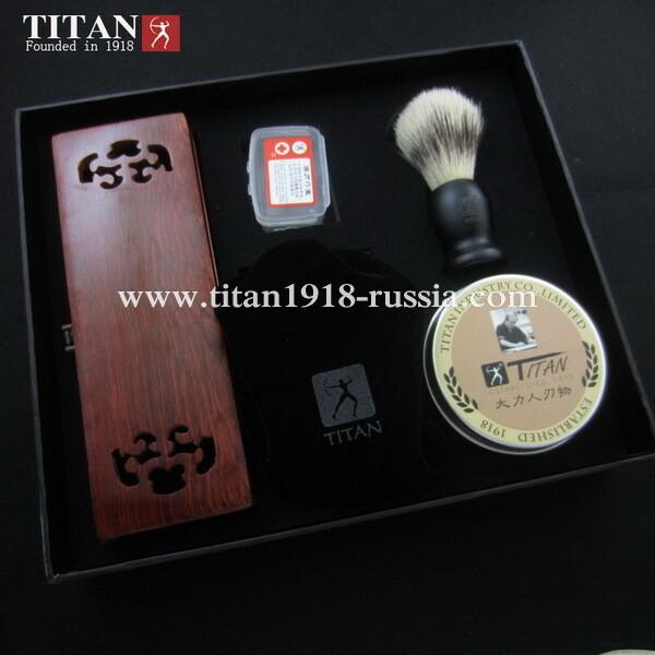 Подарочный бритвенный набор (7 предметов) с опасной бритвой, ремнем, помазком и чашей TITAN (Япония): 12996829