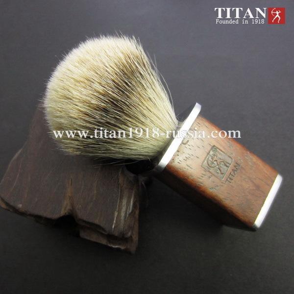 Помазок для бритья TITAN (Япония) натуральная щетина, серебристый барсучий ворс