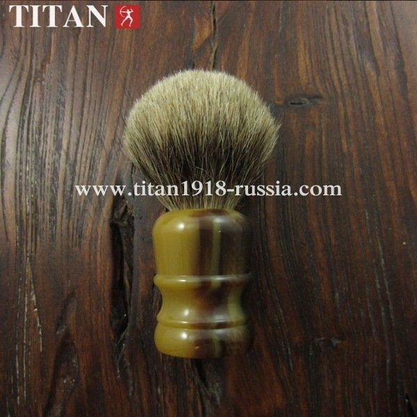 Помазок для бритья TITAN (Япония) натуральная щетина, тёмный барсучий ворс