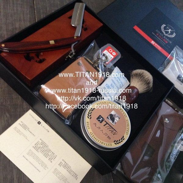Подарочный бритвенный набор с опасной бритвой Japan ACRO Damascus steel (Дамасская сталь) (8 предметов), TITAN (Япония): 12975575
