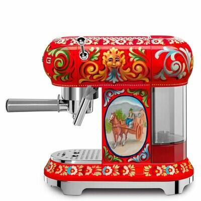 Smeg - Dolce & Gabbana espresso coffee machine