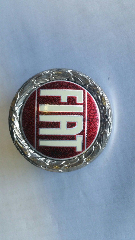 Logo Fiat plastica o metallo