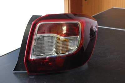 Fanale Dacia Sandero Post. DX