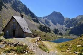Pyrenees GR10 Stage 3 - Etsaut to Gavarnie