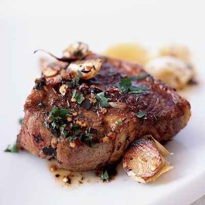 Loin Chops, 5 oz (4 per pack)