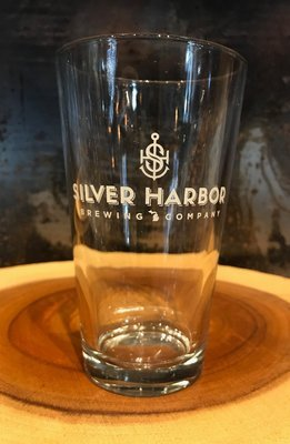 Silver Harbor Pint Glass