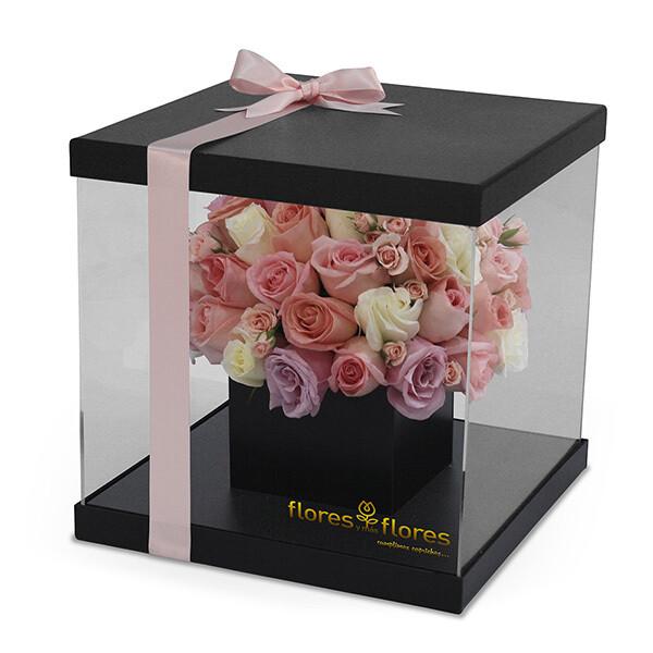Rosas Rosas y Tulipanes en caja Acrilico |  GRACE