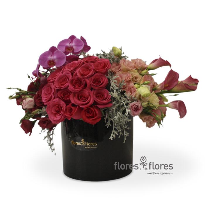 Arreglo Floral Orquídeas, Callas y Rosas   BEAUTIFUL