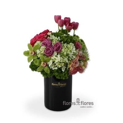 Arreglo Floral Orquídeas, Tulipanes y Rosas | LOVELY