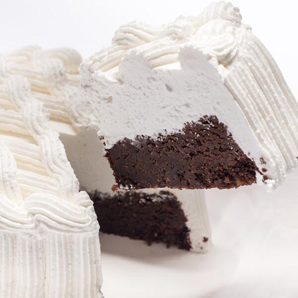 Pastel Tipo Brownie de Chocolate | CAMISA NEGRA