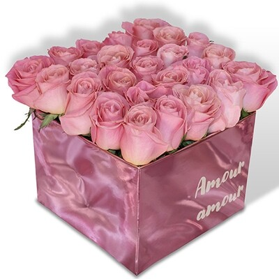 Caja con 24 rosas Premium rosa o rojo  | CAROL F-0112