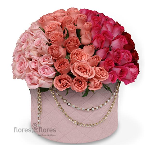 Lujosa Caja de 140 Rosas Premium  |  CHANEL BIG