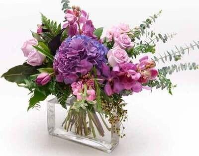 Arreglo floral de Hortensias, Orquídeas y Rosas  I  PADUA