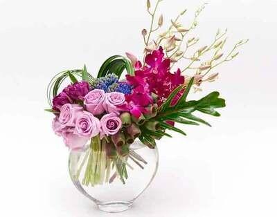 Gran composición de Rosas y Orquídeas |  CHIETI