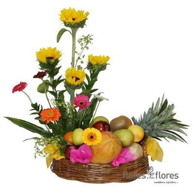 Canasto de Flores con Frutas   DELICIOSO