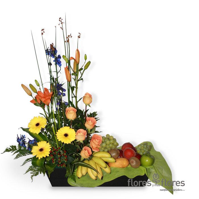 SIMPATIA   Arreglo Frutal con Flores